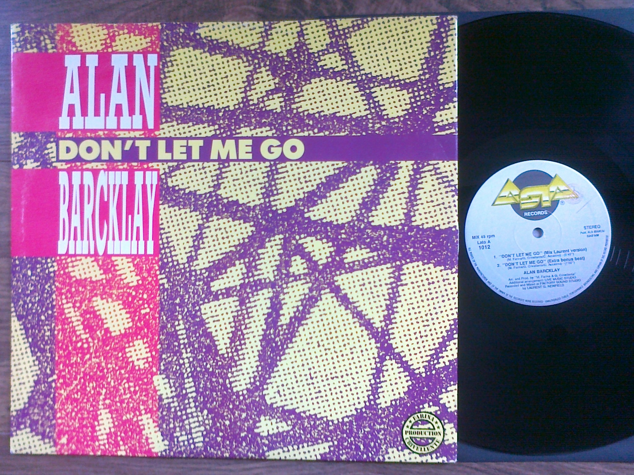 Alan Barcklay - Don't Let Me Go