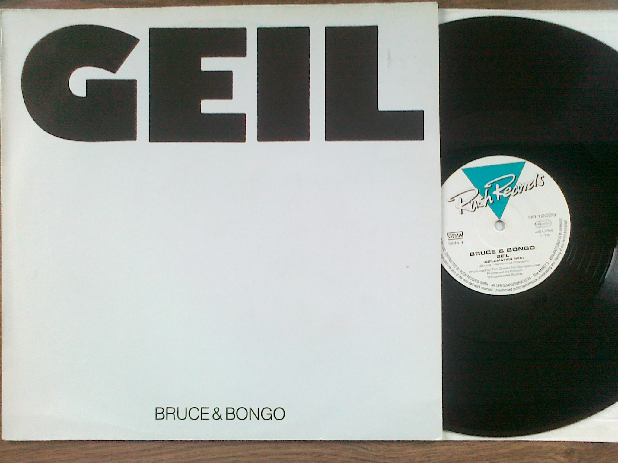 Bruce and  Bongo - Geil