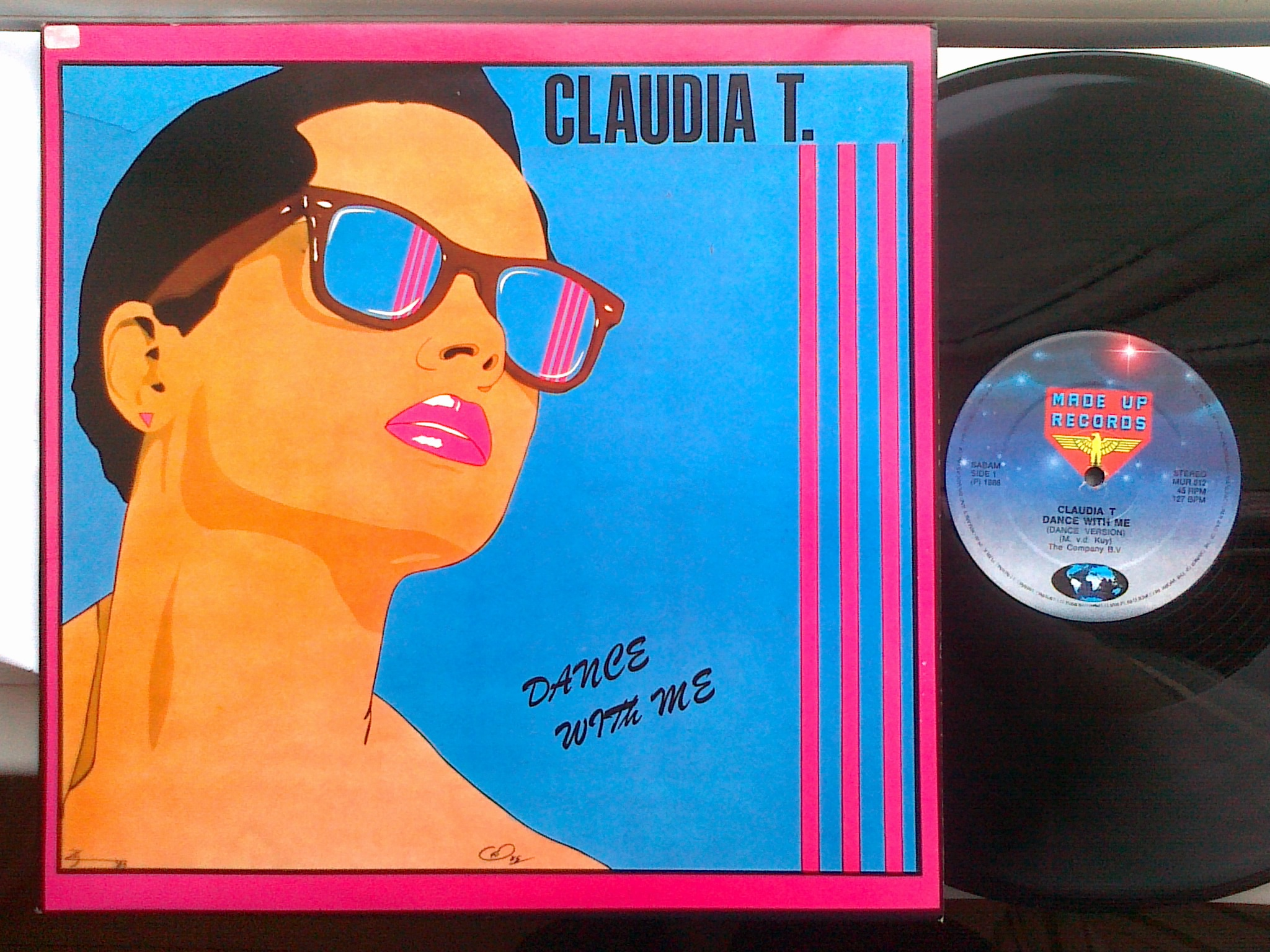 Claudia T - Dance With Me