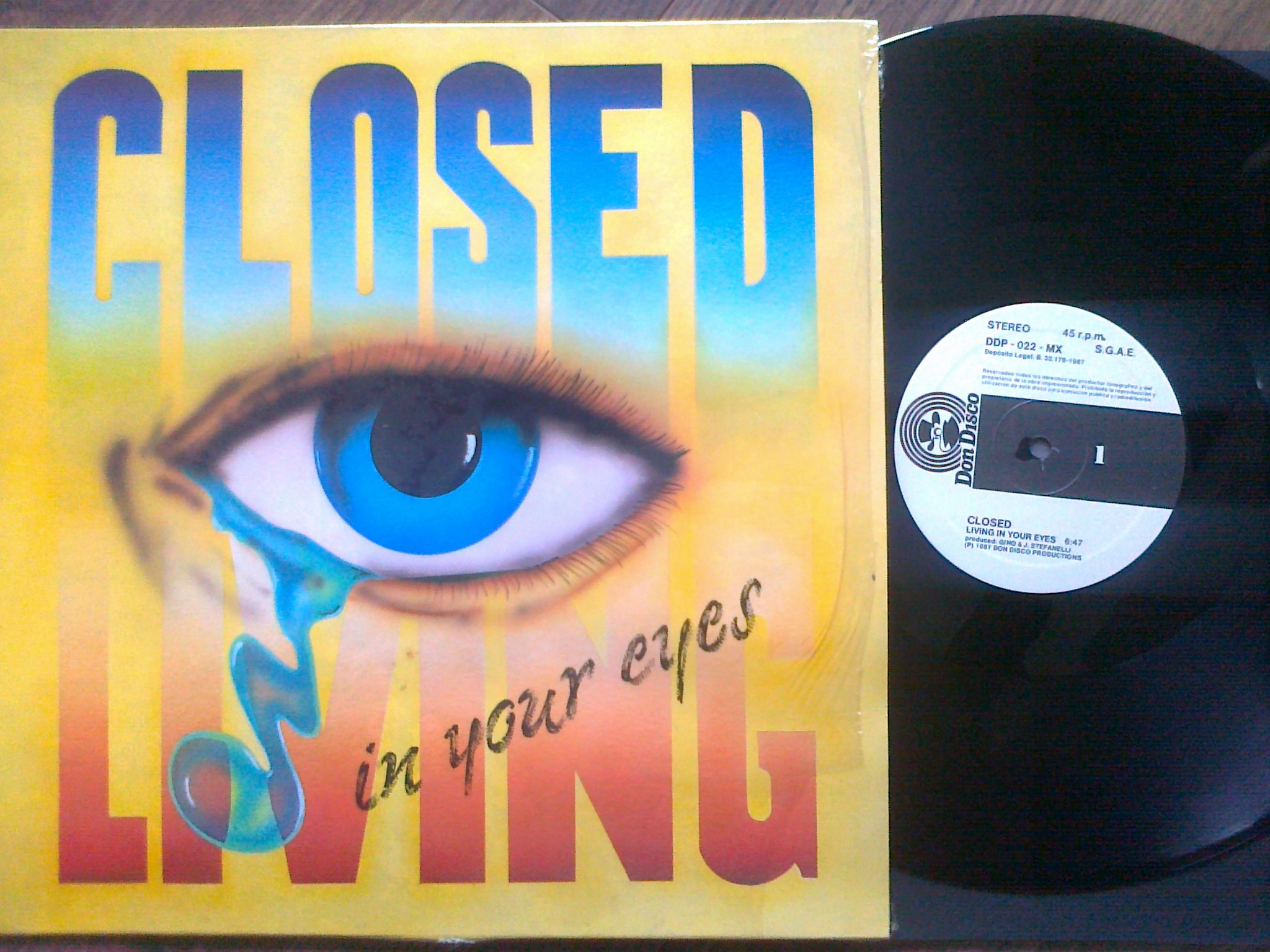Closed - Living in your eyes