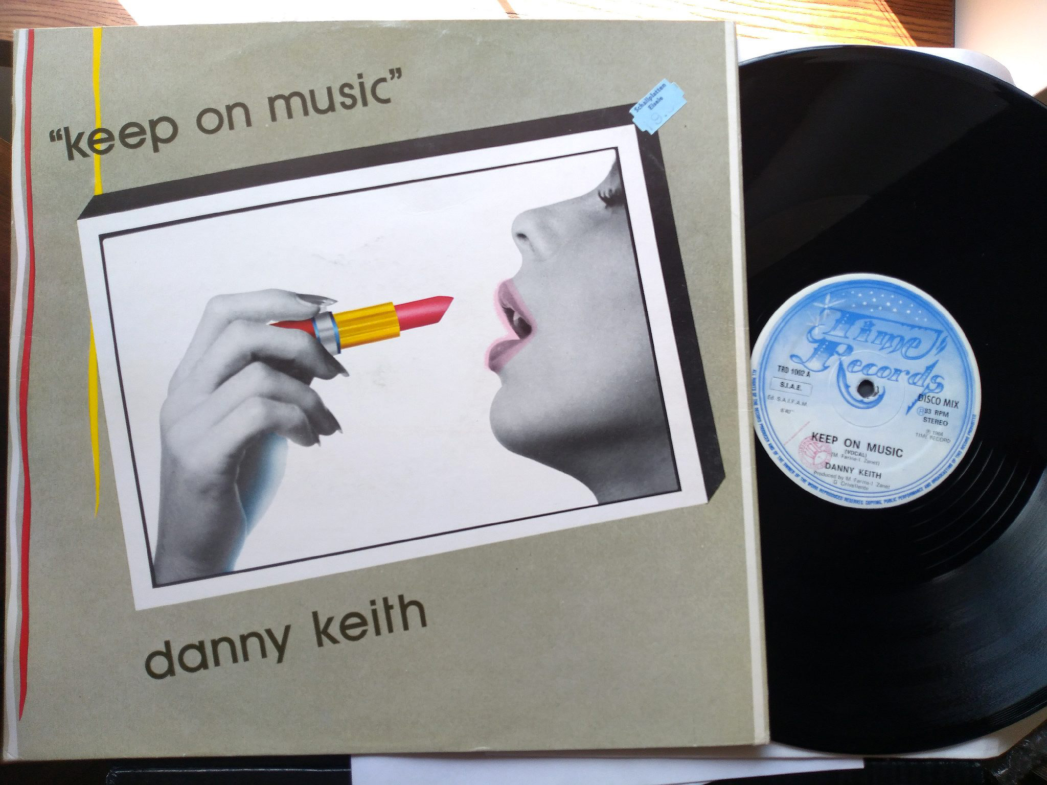 Danny Keith - Keep on music