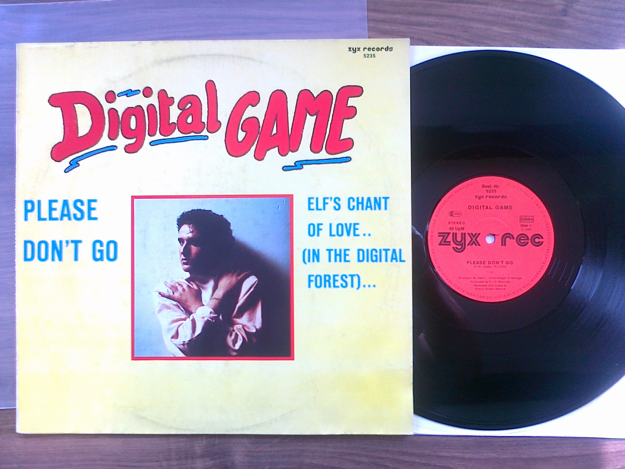 Digital Game - Please Don't Go