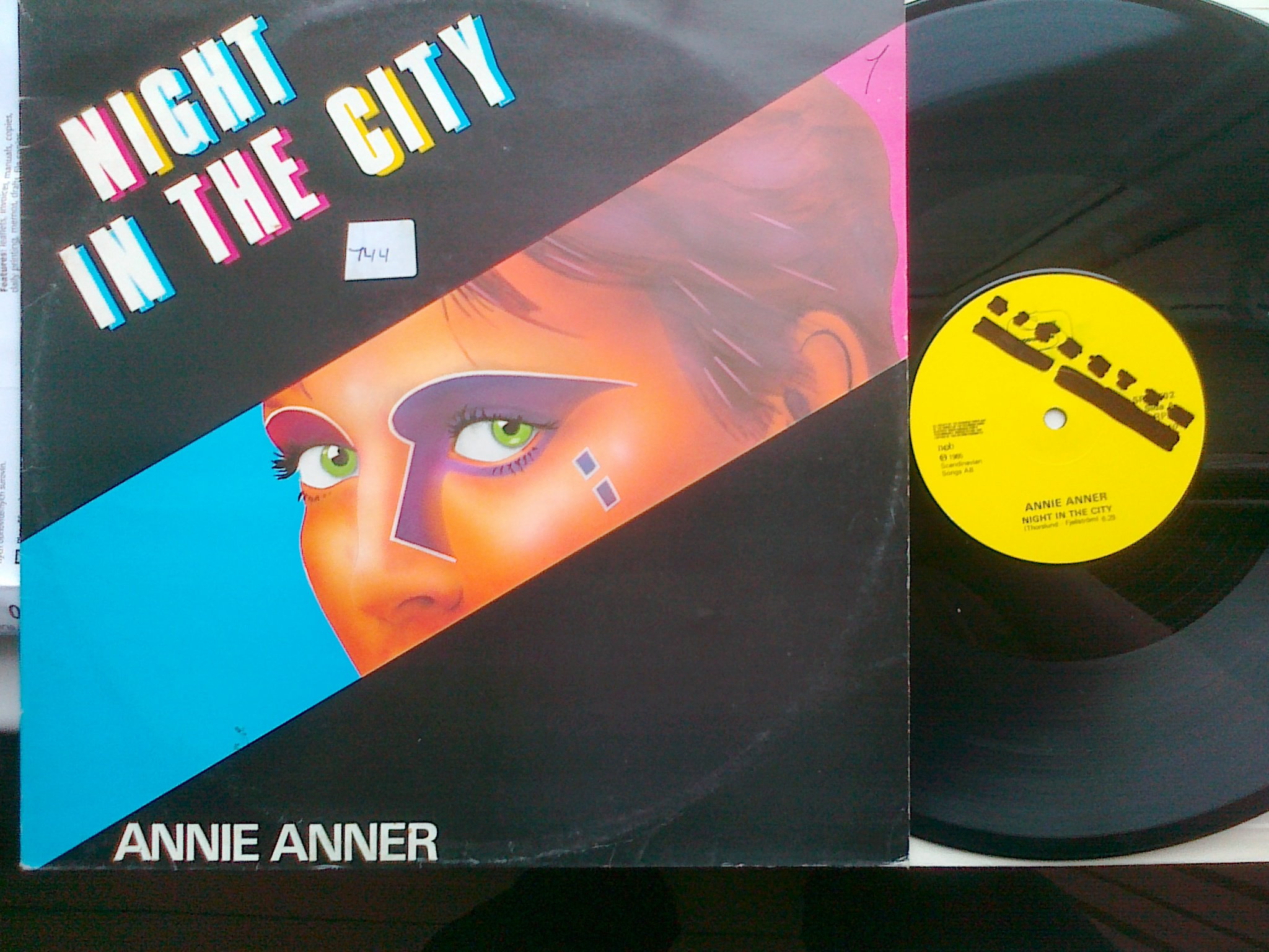 Annie Anner - Night In The City