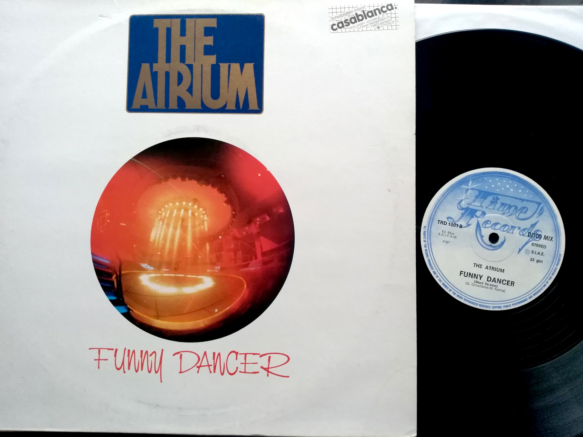 Atrium - Funny Dancer (2)