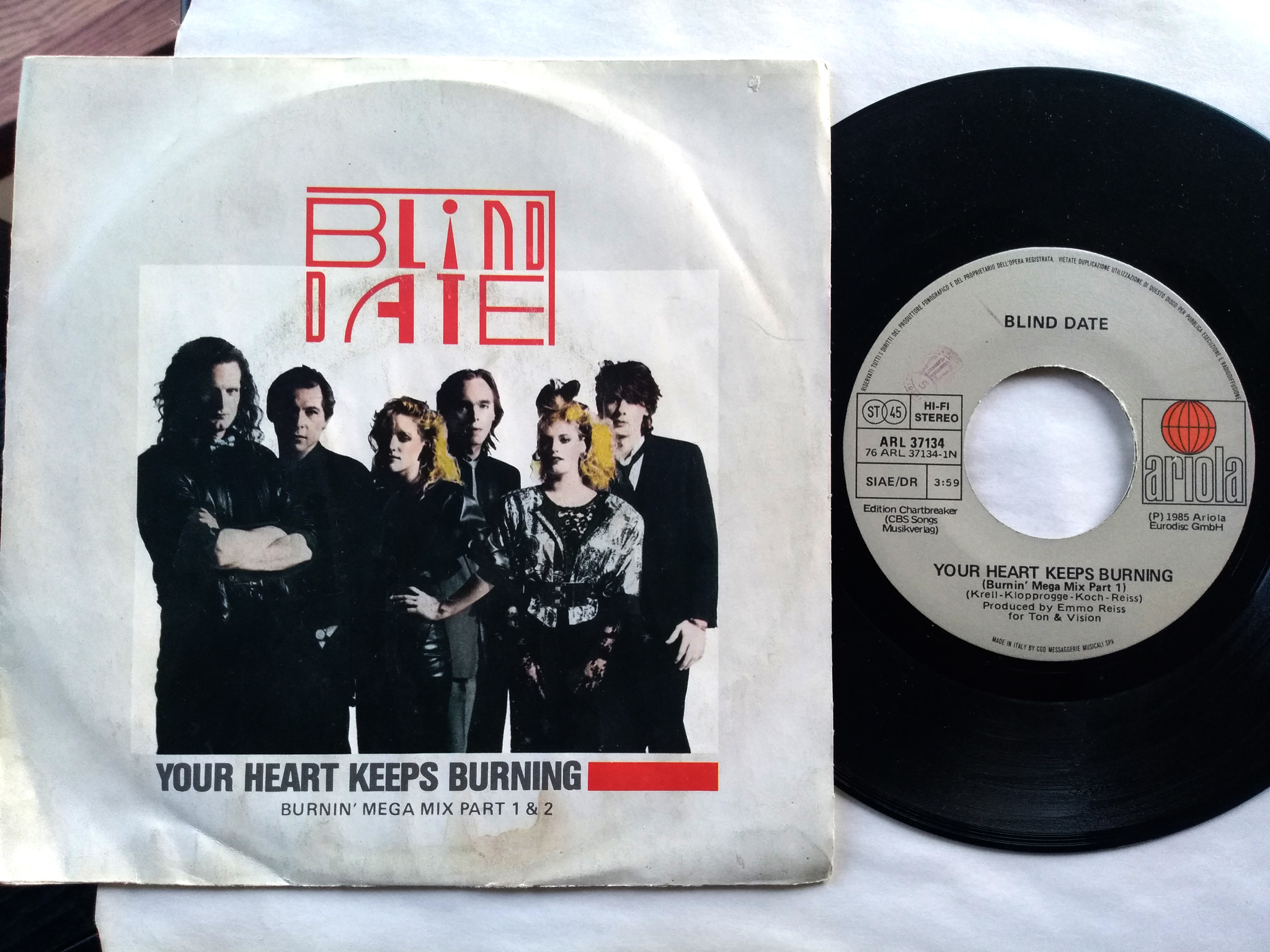 Blind Date - Your Heart Keeps Burning 7'