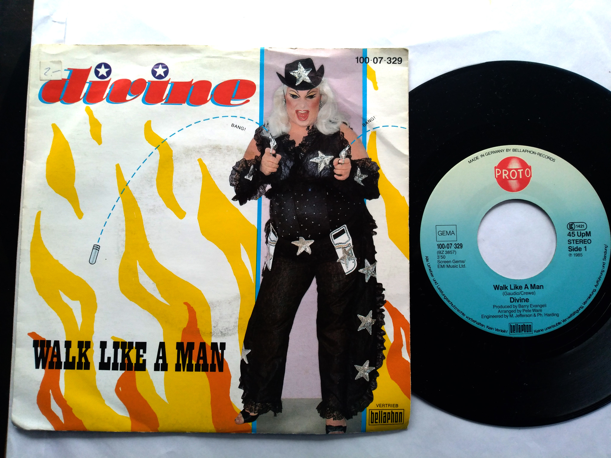 Divine - Walk Like A Man 7'